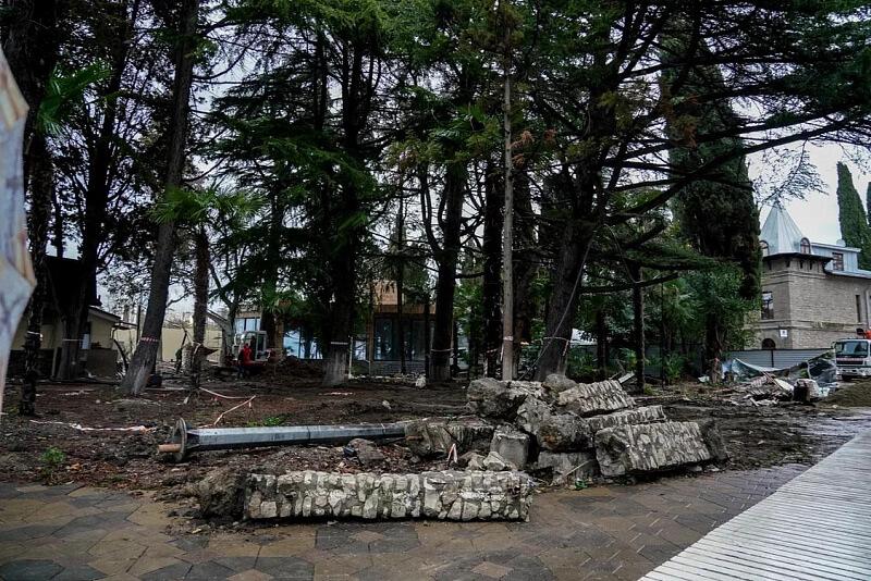 Реконструкцию верхнего парка сочинской «Ривьеры» завершат в июне