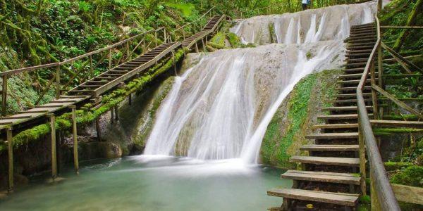 В Сочи с 1 апреля изменится время работы природного комплекса «33 водопада»