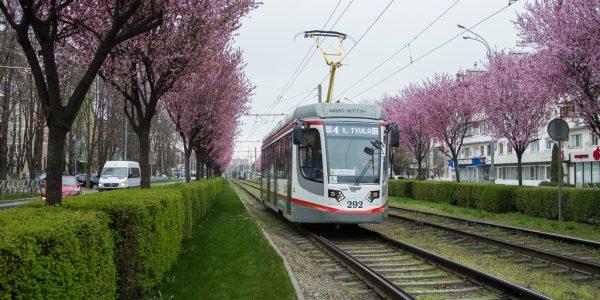 В Краснодаре в трамваях и троллейбусах появятся новые карты движения транспорта