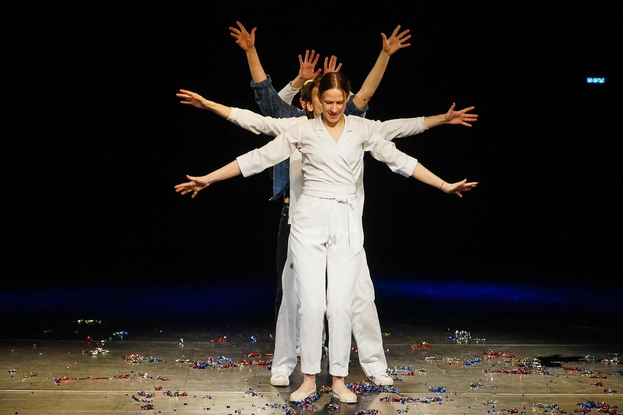Премьера «Мне мое солнышко больше не светит» в «Одном театре». Фоторепортаж