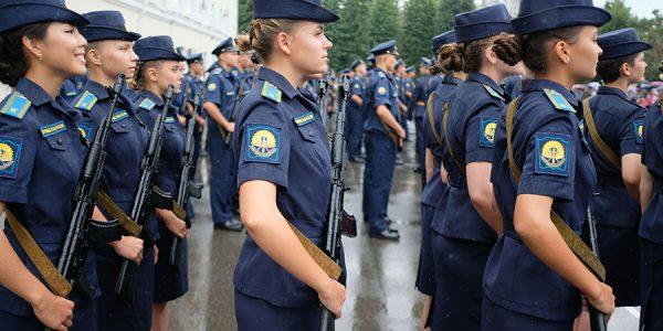 В России в 2020 году женщины получили 31 боевую награду