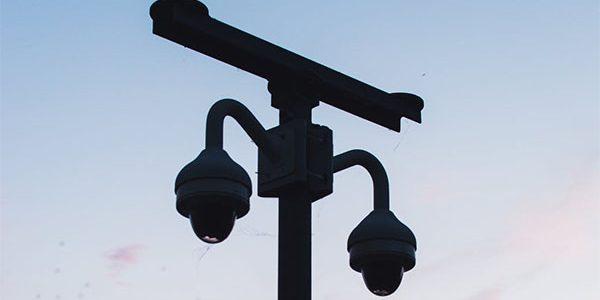 На российских дорогах появится новый дорожный знак для обозначения видеокамер