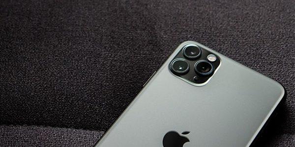 IPhone будет предлагать пользователям установку российских приложений