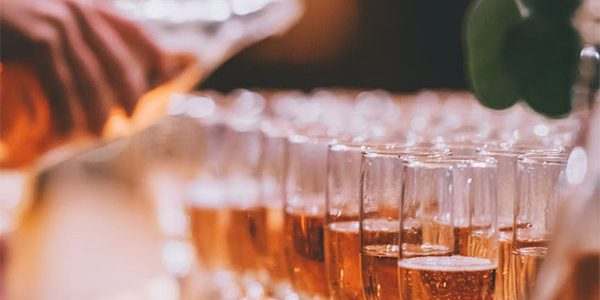 Кубань вошла в топ-5 регионов по объему розничных продаж шампанского в 2020 году
