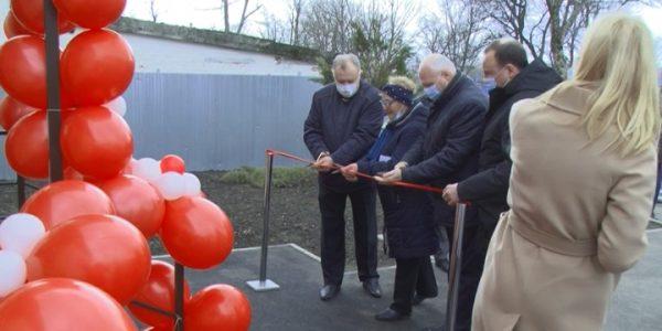 В пригороде Армавира по нацпроекту открыли новый фельдшерско-акушерский пункт