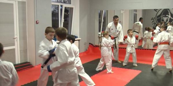 Юные кубанцы завоевали 22 медали на Кубок России по спортивному карате