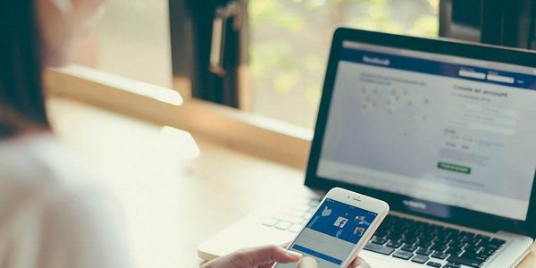 В работе сервисов Facebook произошел масштабный сбой