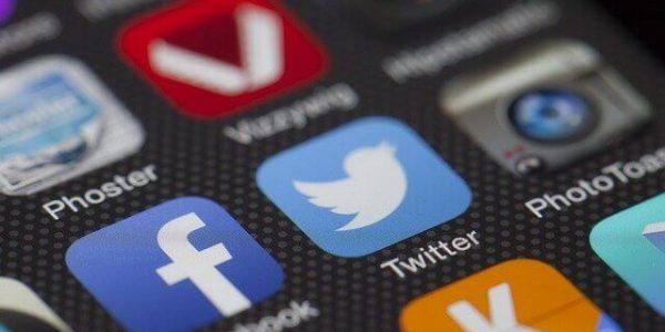 Россия может заблокировать Twitter, накопив опыт после истории с Telegram