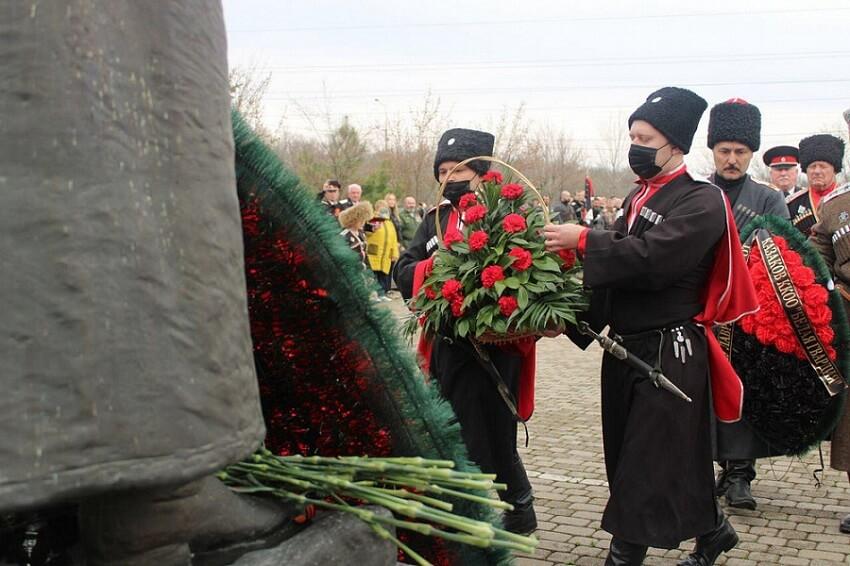 В Краснодаре прошли ежегодные Корниловские поминовения