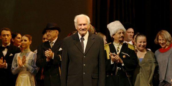 Кондратьев поздравил с юбилеем кубанского писателя Виктора Лихоносова