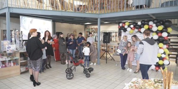 На Кубани открылась благотворительная фотовыставка, посвященная особенным детям