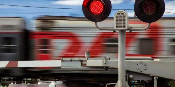 В Армавире на два дня ограничат движение через железнодорожный переезд