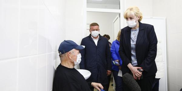 Вице-губернатор Анна Минькова осмотрела соцобъекты в Динском районе
