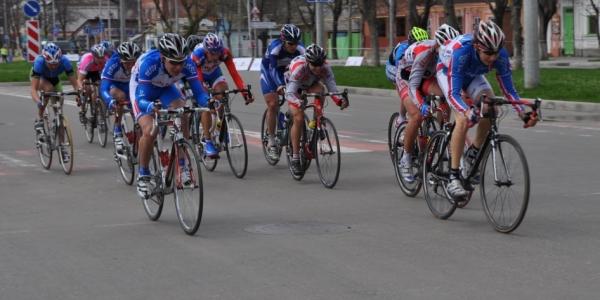 В Сочи ограничат движение транспорта во время соревнований по велоспорту