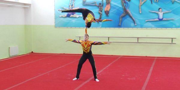 Кубанцы успешно выступили на первенстве России по спортивной  акробатике