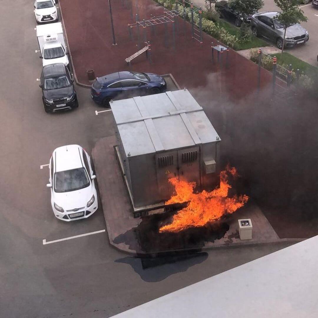 В Краснодаре из-за пожара на подстанции около 6 тыс. человек остались без света