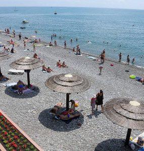 В оперштабе Кубани уточнили правила размещения туристов с 1 июля