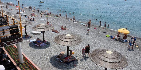 Роспотребнадзор ограничил доступ посторонних на пляжи санаториев