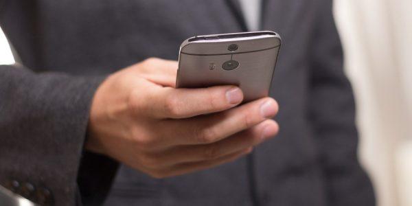 Эксперт рассказал, с каких номеров телефонов чаще всего звонят мошенники