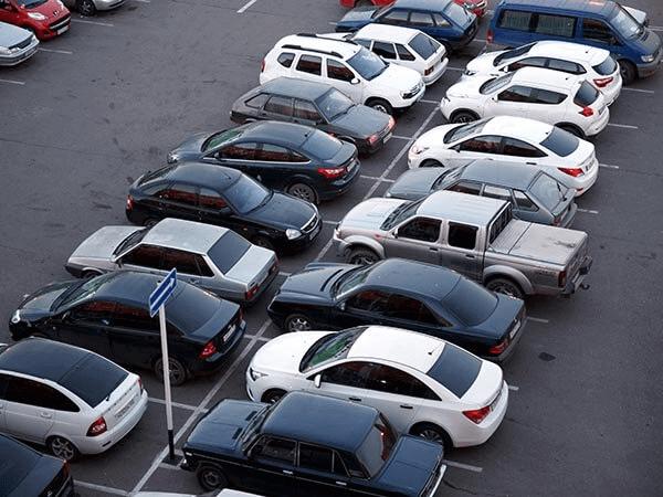 На Кубани планируют усилить борьбу с неправильно припаркованными машинами