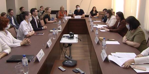 В Краснодаре подвели итоги просветительского проекта «Курс на право»