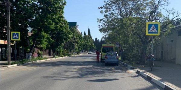 В Сочи водитель сбил подростка на пешеходном переходе и скрылся с места ДТП