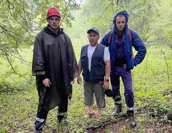 В Апшеронском районе спасатели нашли пропавшего туриста