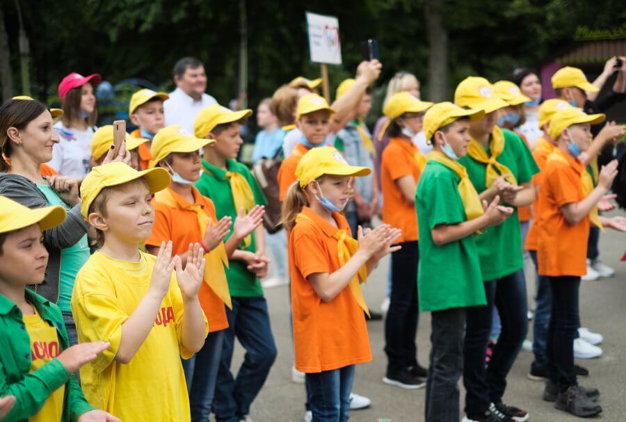 Праздник «Яркие краски детства» в Краснодаре. Фоторепортаж