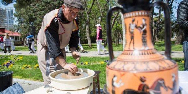 В Анапе в честь Всемирного дня ремесленничества проведут мастер-классы