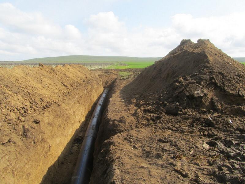 В Темрюкском районе завершают строительство участка Таманского водопровода