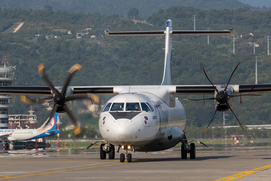 Авиакомпания Utair возобновила полеты в Геленджик из Сургута, Тюмени и Уфы