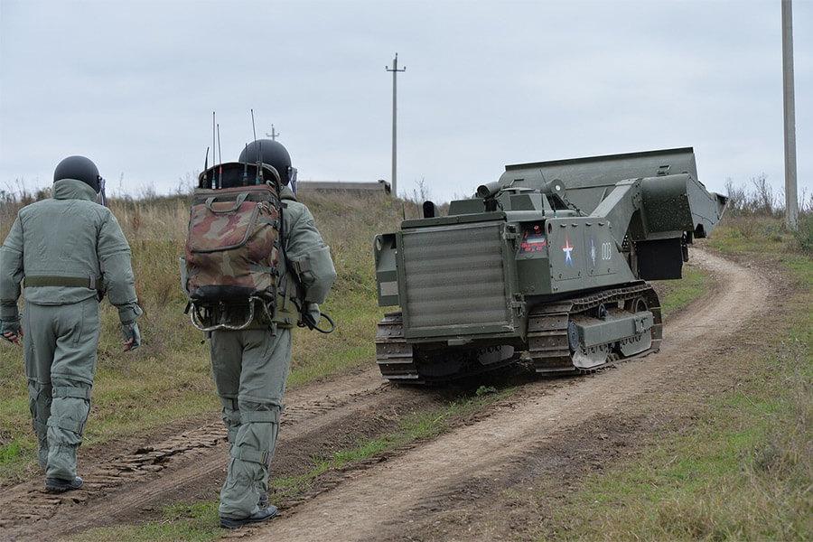 На Кубани саперы при помощи нового робота обезвредили минное поле