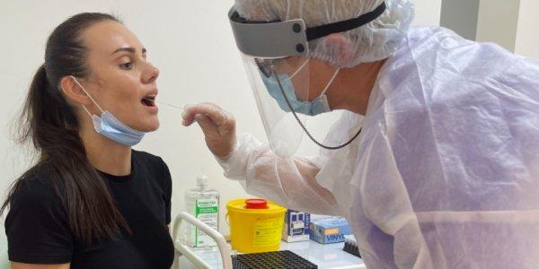 В аэропорту Сочи открыли лабораторию для сдачи ПЦР-тестов на коронавирус