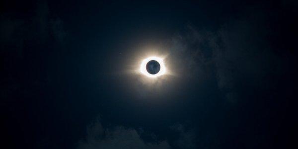 Жители России смогут увидеть кольцеобразное солнечное затмение