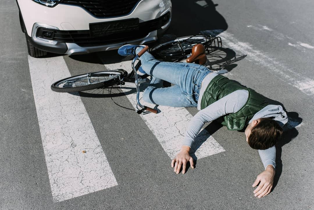 В Армавире иномарка сбила 9-летнего мальчика на велосипеде