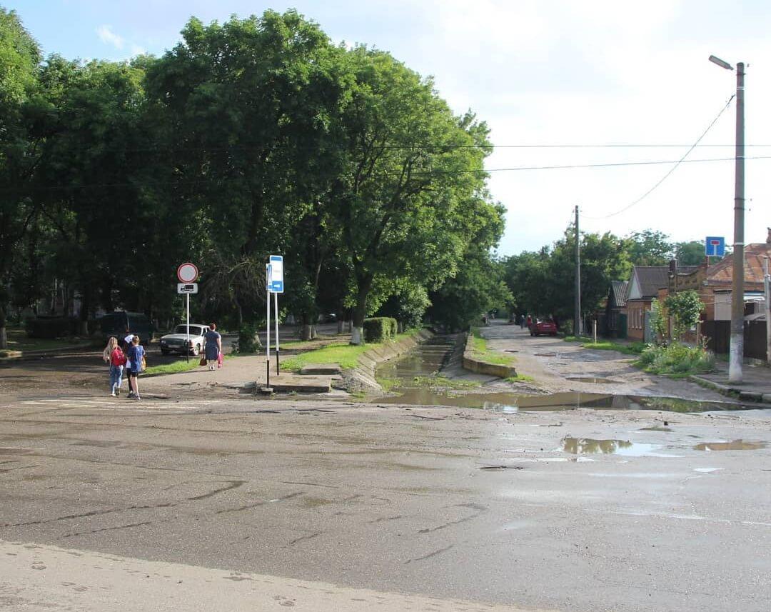 В районе Ейского лимана после дождей подтопило несколько улиц