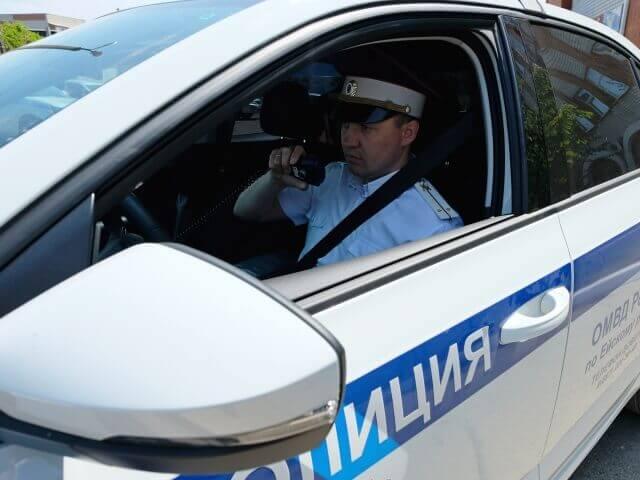 В Кущевском районе 18-летний парень на спор угнал автомобиль