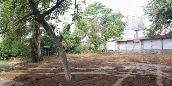 В Краснодаре на месте снесенного аварийного дома создадут сквер