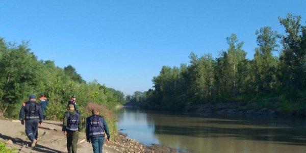 В Апшеронском районе третью неделю ищут 9-летнего мальчика, унесенного рекой