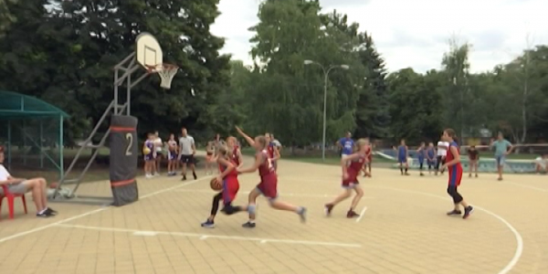 На Кубани 1 июня стартовал турнир по уличному баскетболу на Кубок губернатора