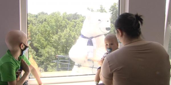 В Краснодаре устроили праздник для пациентов детской краевой больницы