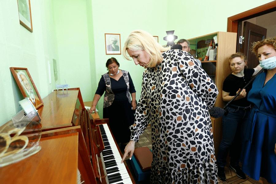 В Белоглинском районе отремонтируют школу искусств