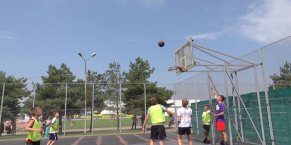 Как проходит Всекубанский турнир по уличному баскетболу на Кубок губернатора