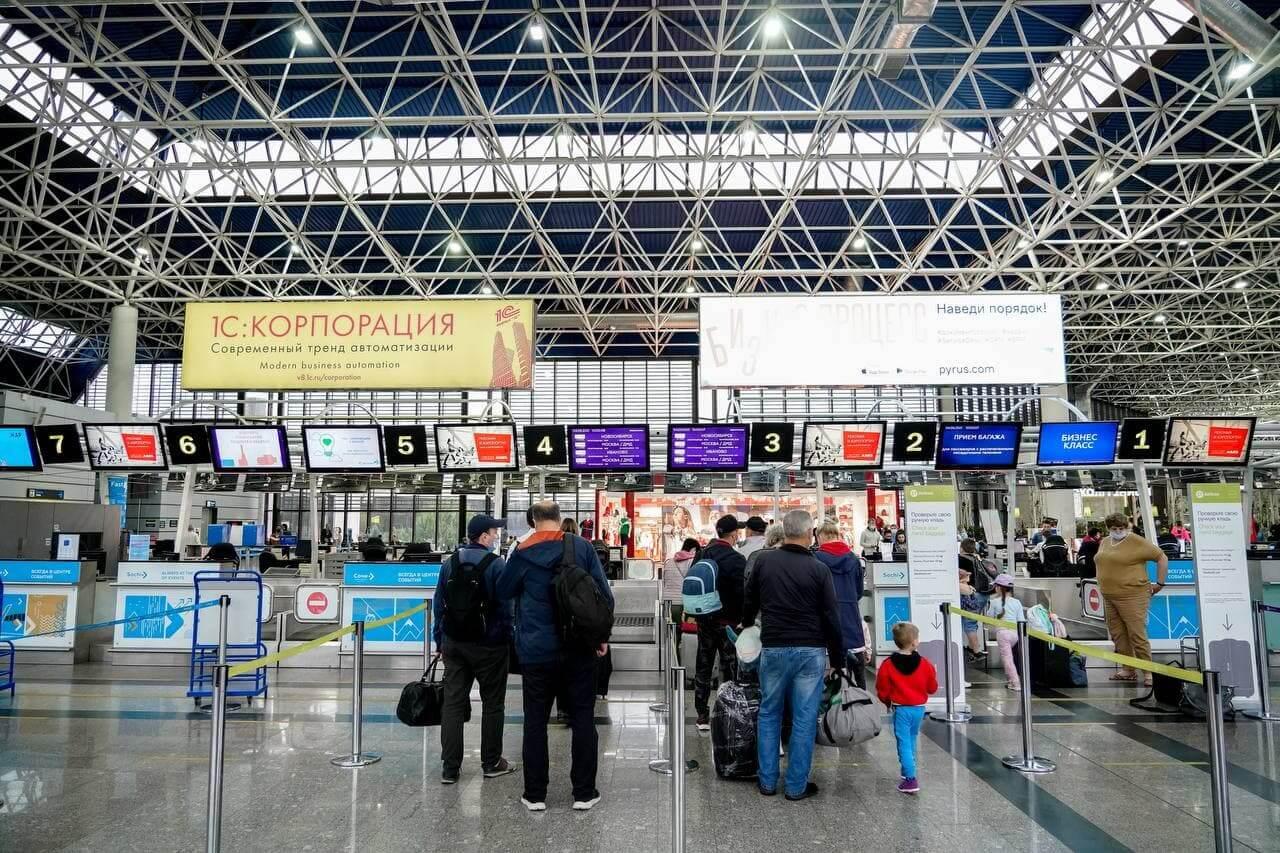 Пассажиропоток аэропорта Сочи к концу года может вырасти почти вдвое