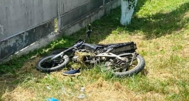 В Славянском районе легковушка сбила мотоцикл с двумя 13-летними детьми