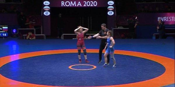 Две кубанских спортсменки вошли в состав сборной России по спортивной борьбе