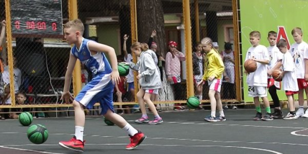 В Анапе завершился летний баскетбольный фестиваль «Минибаскет»