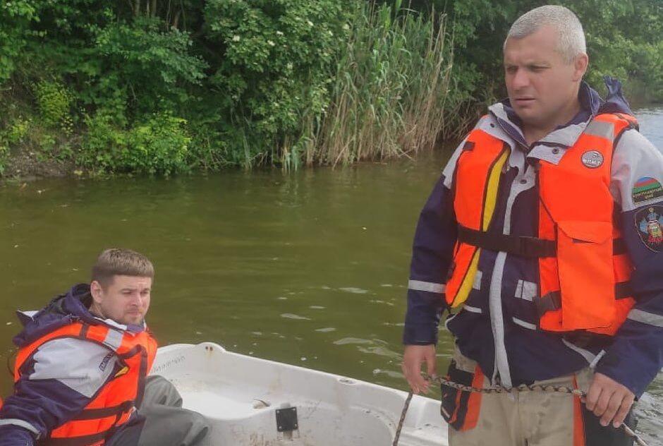 В Тимашевском районе спасатели почти три дня искали утонувшего в реке мужчину