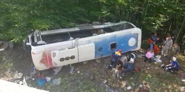 Число погибших в ДТП с автобусом на Кубани выросло до двух
