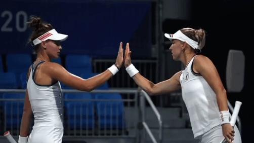 Елена Веснина вышла во второй круг олимпийского турнира в парном разряде